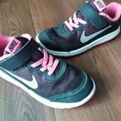 Кроссовки Nike 31.5 р.