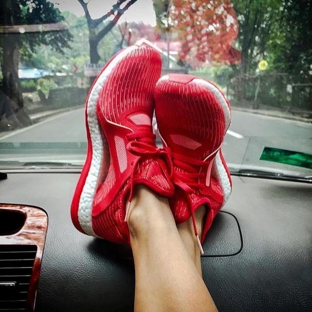 Кроссовки для бега и тренировок adidas Pure Boost X - оригинал. фото №1