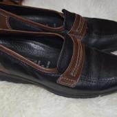 Кожаные туфли 37 р., 24 см
