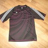 Футболка Adidas оригинал размер М , состояние новой