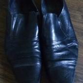 Мужские туфли , кожа - б/у, размер 44, стелька 29.5 см