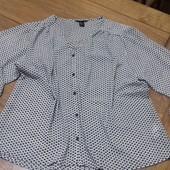 Оригинальная и стильная блузка размер 42(12) новая сток люкс  Длина 62. См пог 60 см рукав от горло