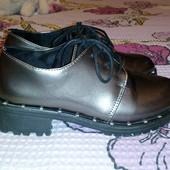 Лакированные кожаные туфли. 36 размер. 22-22,5 см