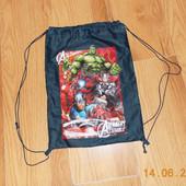 Фирменная сумка для спортивной формы для мальчика
