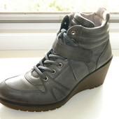 Деми ботинки Ecco р. 40 (26 см)