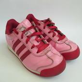 Кроссовки Adidas EUR 31, длина стельки 19 см