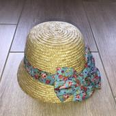 Стильная соломенная шляпка