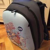 Чудовий портфель!!!