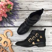 Трендовые ботинки Faith на низком каблуке с декоративными пряжками   SH3105