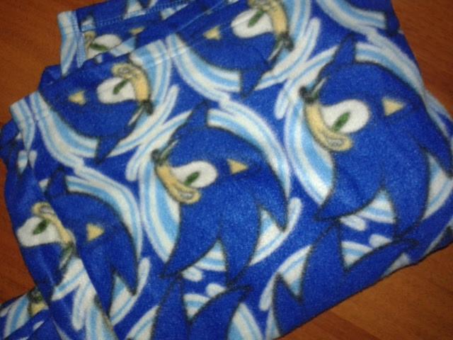 флисовое одеяло плед с рукавами с Соник Бум. есть 2 шт. фото №1