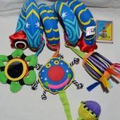 Игрушка змейка на коляску и кроватку пружинка спиралька растяжка погремушки