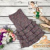 Очаровательное платье-бандо с объемными воланами на юбке  DR34415