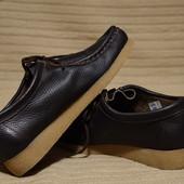 Безукоризненные темно-кориченвые кожаные мокасины Bata Чехия . 38 р( реально 37).