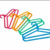 Яркие детские плечики-вешалки.IKEA .Набор из 8 шт