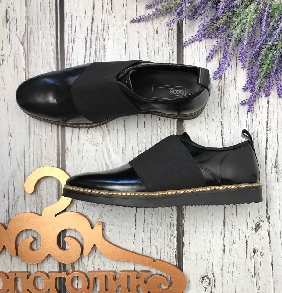 Лаконичные закрытые туфли asos с декоративной резинкой-планкой  sh3431 фото №1