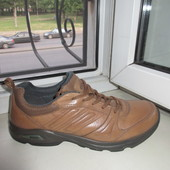 Кожаные кроссовки Ecco 40 р