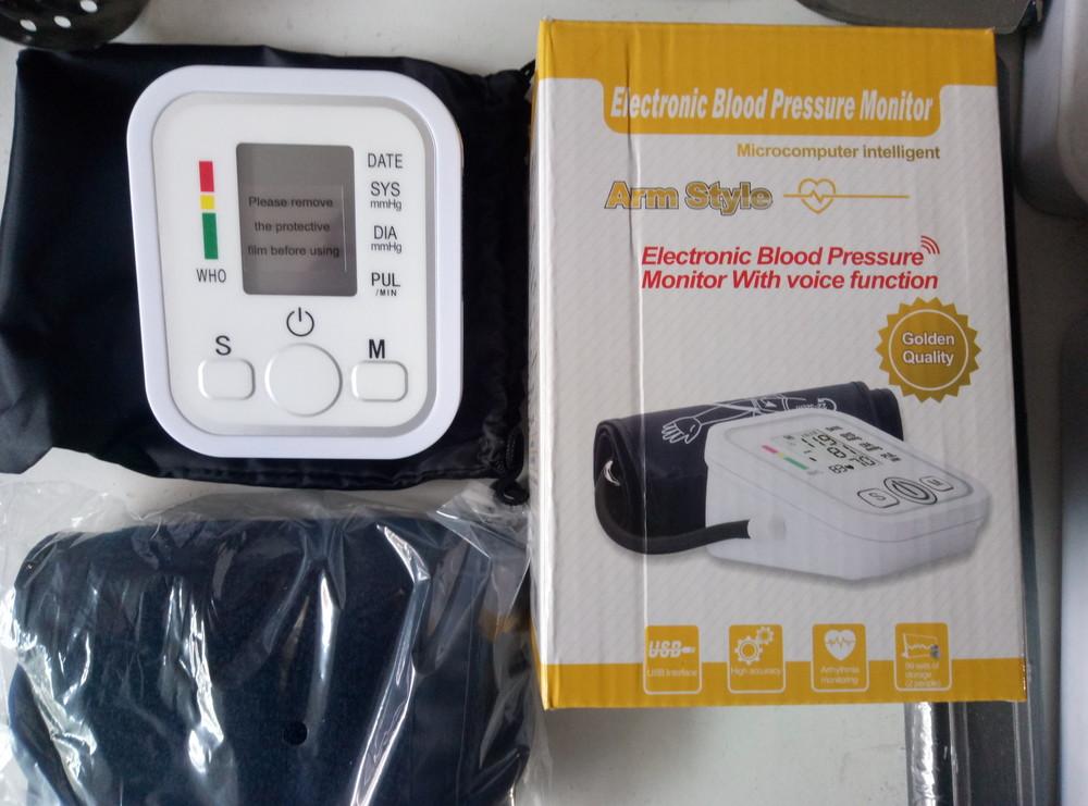 Автоматический цифровой монитор артериального давления фото №1
