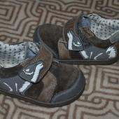 кожа деми ботиночки Clarks 13.5 см стелька Англия 21 размер