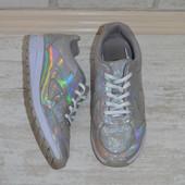 Яркие кроссовки Clarks, 24 см стелька