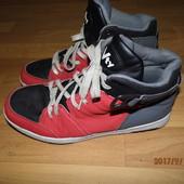 (i168)фирменные спортивные ботинки 42 р Victory