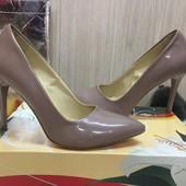 Туфли женские кожаные 39р.-25см.
