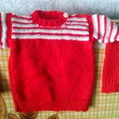 Теплый красный свитерок, ручная вязка.