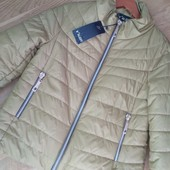 Новая! Отличного качества демисезонная курточка