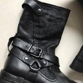 Новые женские ботинки,ботильоны,бренд San Marina,кожаные,утеплённые,37,38 р