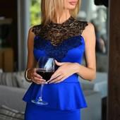 Элегантное женское платье с кружевом