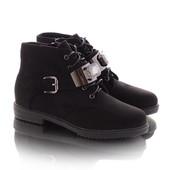 Стильные замшевые короткие женские ботинки