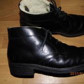 (i240)зимние кожаные ботинки на цигейке 43 р