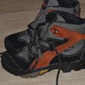 Mountain peak 33-34р. Ботинки зимние кожаные. Vibram. J-tex.