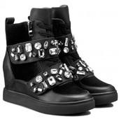 Шикарнейшие ботинки Gino Rossi по супер цене,размер 38
