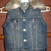 Жилетка H&M на 8-9 лет, рост до 134 см