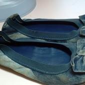 Балетки Bata 34р. джинсові для дівчинки