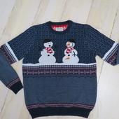 свитер L маломер на М