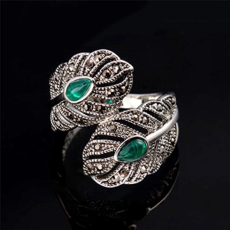 Скидка -50% на вторую вещь красивейшее серебристое кольцо перстень с зеленым камнем горным хрусталем фото №1