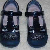 Красивые, кожаные туфельки  Start-rite, стелька 16,5 см