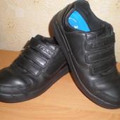 Туфли, кроссовки Clarks р.34-35, стелька 22,5 см Кожа