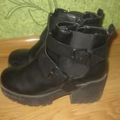 Фирменные ботинки River Island на 38 размер