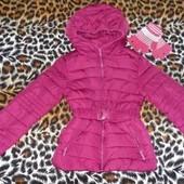Куртка деми-сезон для девочки на 7-8 лет. Для двора.