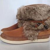 В идеале стильные ботинки 38-39р LeCoq Sportif Франция Оригинал