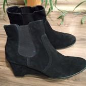 Новые замшевые ботиночки 41 р ТМ 5th Avenue  Германия.