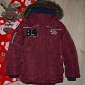 Куртка  на 5-6 лет в отл состоянии