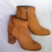 Tamaris кожаные оригинальные ботинки 41