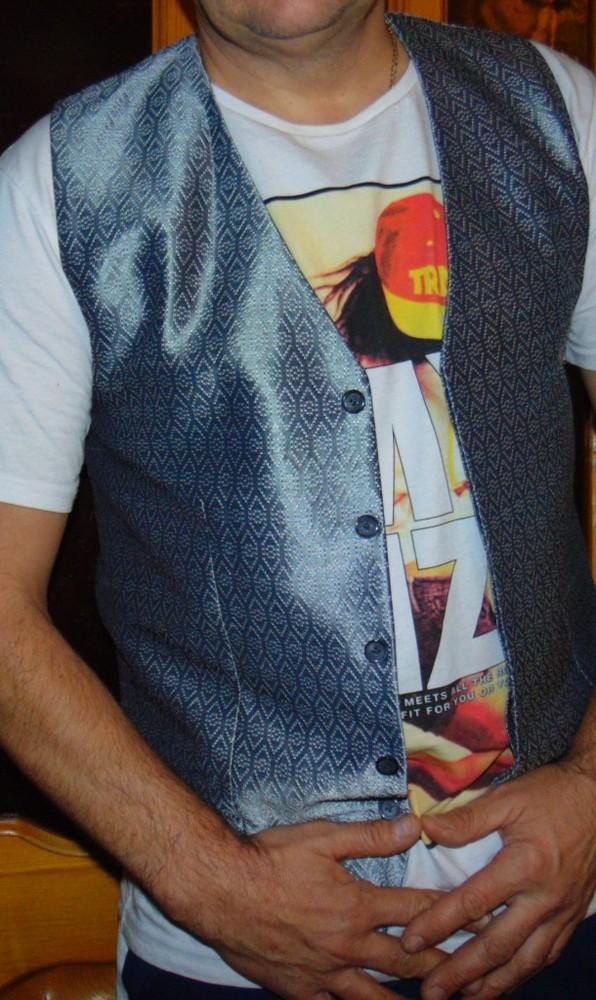 Брендовая стильная жилетка жилет Pierre Cardin м-л . фото №1