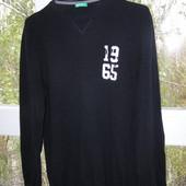 Benetton свитер с локтями шерсть M-размер.