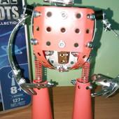 Металлический конструктор робот от Meccano