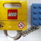 Lego Classic Брелок Голубой кубик 4638318