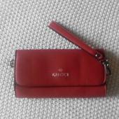 Симпатичный женский клатч красного цвета, размеры 21х12 под Gucci